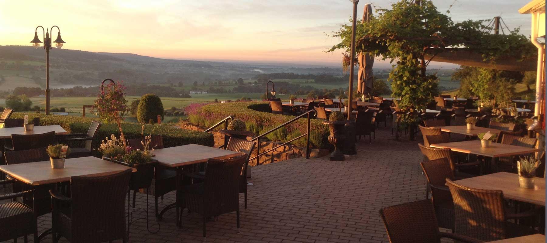 Restaurant gerardushoeve epen heuvelland zuid limburg limburg natuur puur for Wat lemmet terras betekent